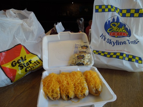 which-is-better-Blind-taste-test-Gold-Star-Skyline-Chili-Cheese-Coney-Hot-Dogs