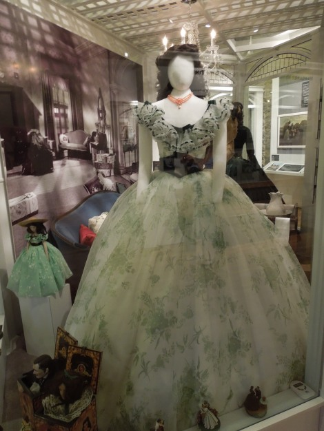 Gone-with-the-wind-museum-Scarlett O'hara-Green-Dress