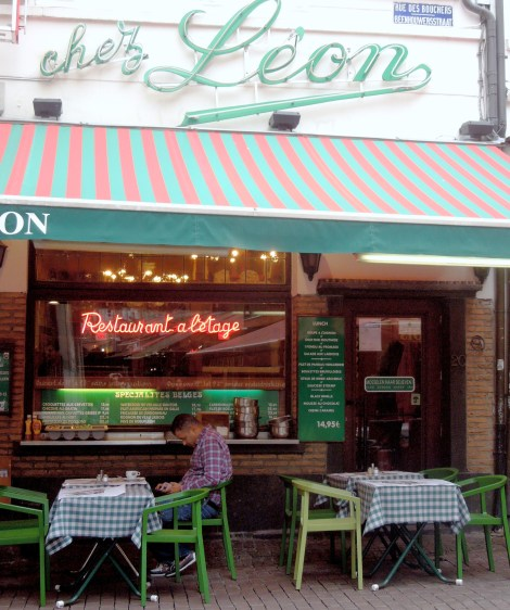 Rue des Bouchers-Chez-Leon-mussels-in-brussels