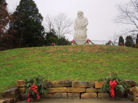 The original Santa statue, dedicated to the children of the world.