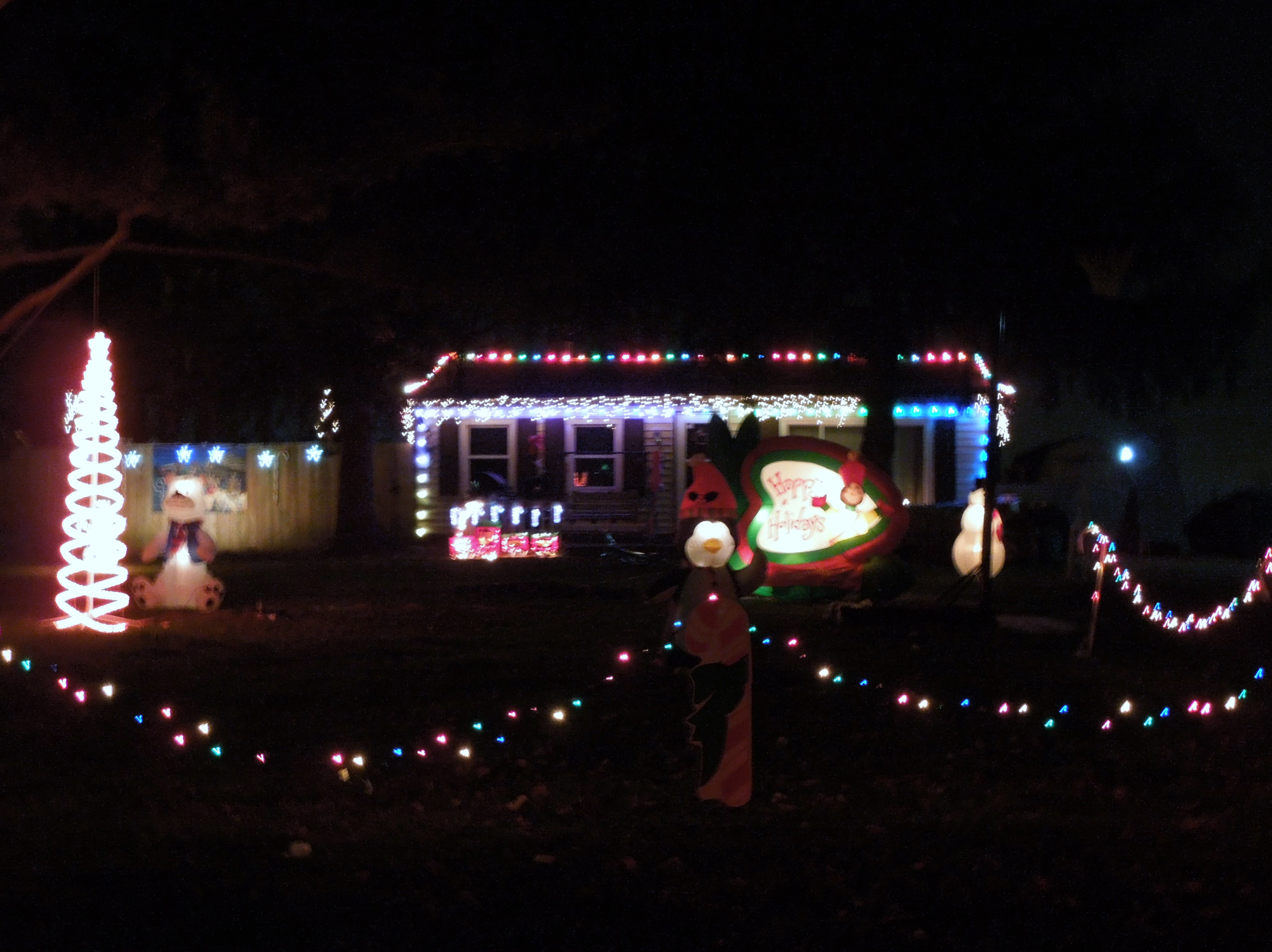 Why do we decorate with christmas lights - How Do You Decorate For Christmas In Your Part Of The World If At All