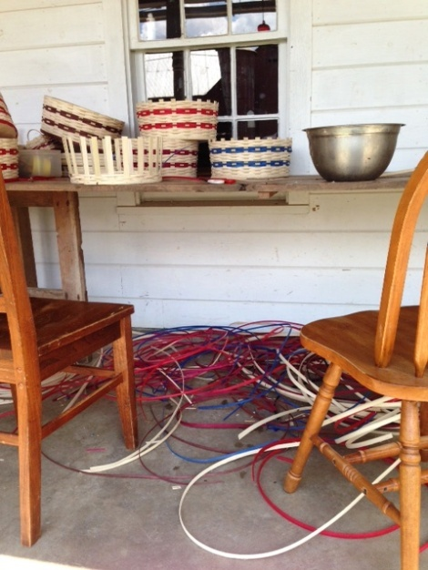 Amish-basket-weaving-in-Homes-County-Ohio