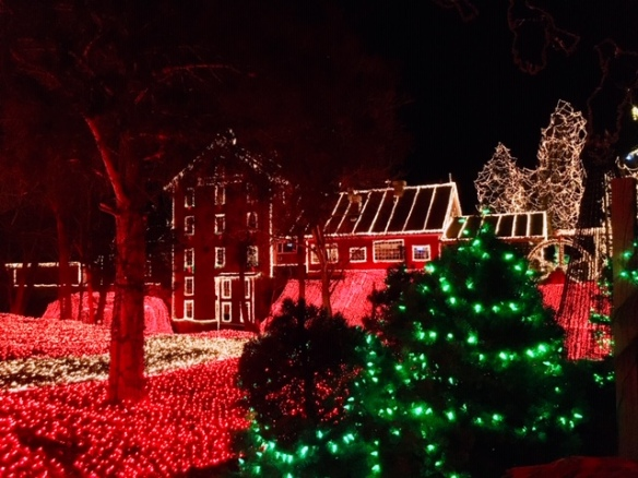 Clifton Mill Christmas Lights.The Legendary Lights Of Clifton Mills Browsing The Atlas