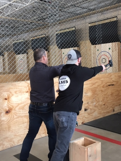 Instructions-axe-throwing-Urban-Axes-Cincinnati