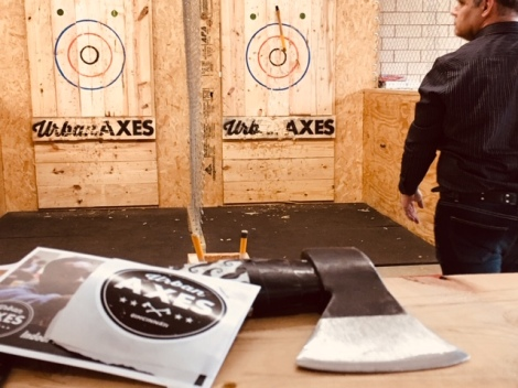 ehere-to-throw-axes-in-Cincinnati-Urban-Axes