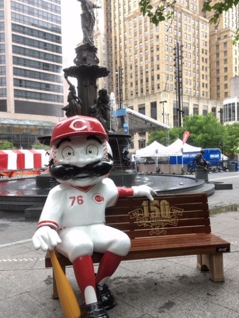 things-to-do-in-Cincinnati-Mr. Redlegs-mascot-Reds-Fountain-Square-Cincinnati