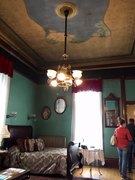 Family double bedroom at Copper King Mansion B&B-fresco-Butte