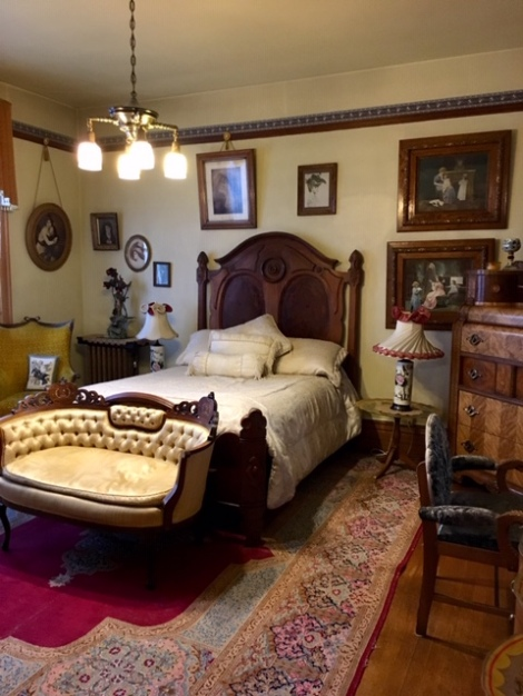 bedroom in Copper King Mansion-B&B-Butte