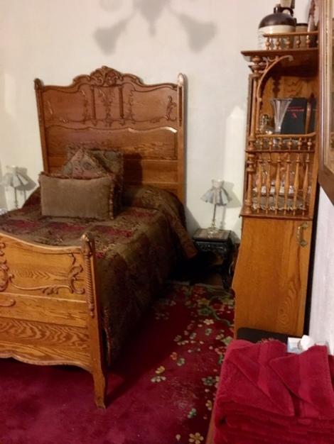 Butler-room-Copper-King-Mansion-B&B-Butte
