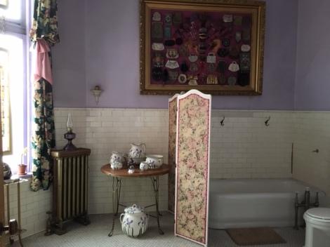 Master suite bath at Copper King Mansion