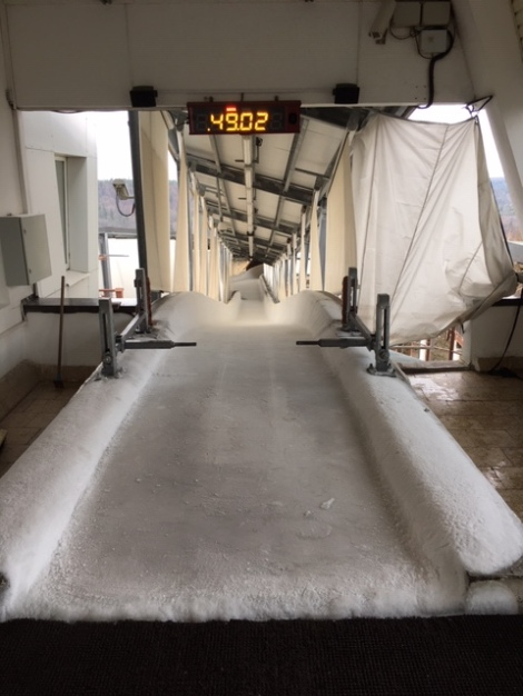Icy Latvia Luge Softbob Bobsleigh Track