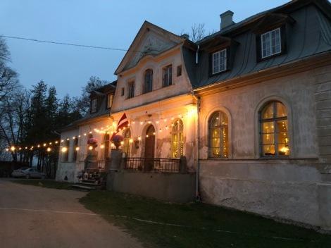 Abgunste Manor exterior