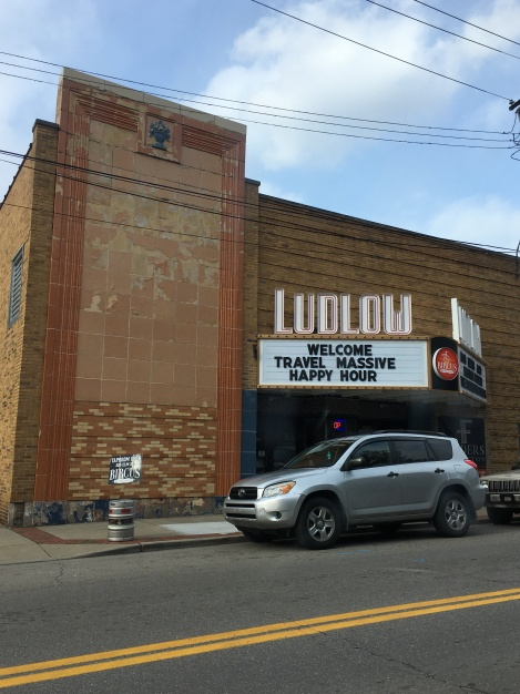 Ludlow-Theater-Bircus-Brewing-circus-Travel-Massive