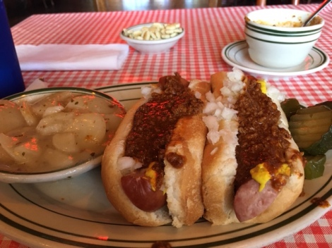 Toledo-MASH-Tony Packo's-Klinger-hot-dogs