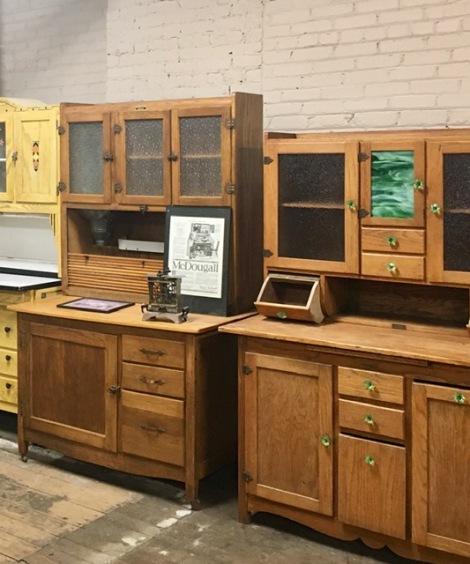 hoosier-cabinet-features